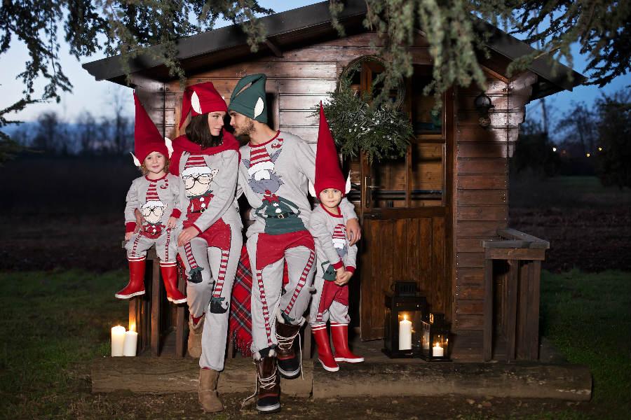 Partners - Daunenstep Cozy Room - Eic-Pi Happy People: famiglia composta da mamma, papà e due bambini indossano pigiami a fantasie invernali