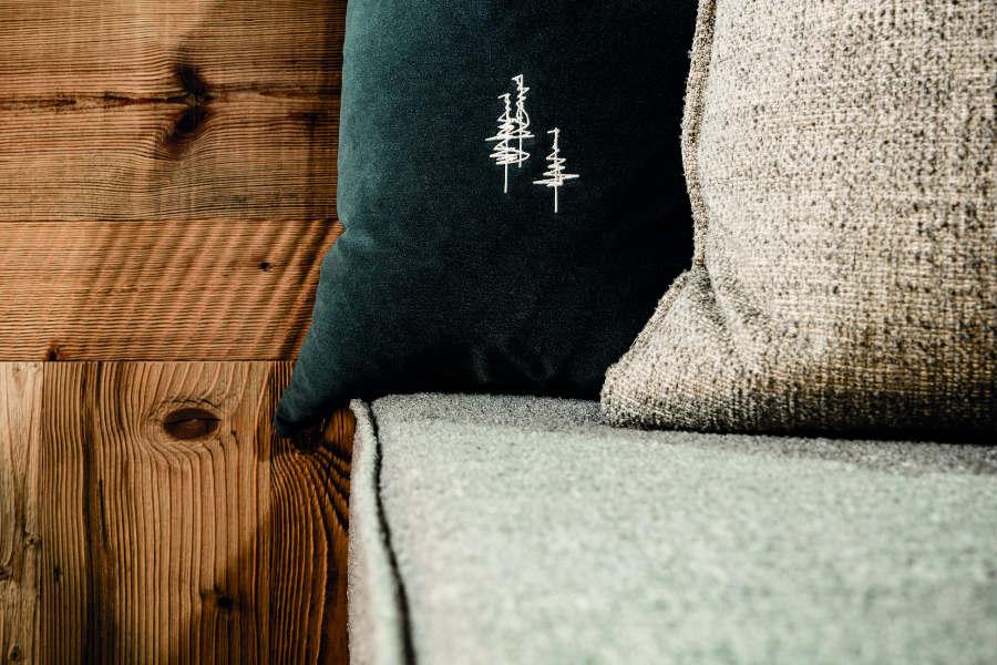 Partners - Daunenstep Cozy Room - My Arbor: immagine di un dettaglio dei cuscini sul letto